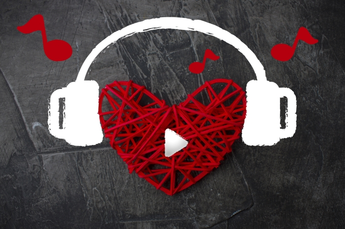Wedding Music – Should You Hire a DJ or Live Band?