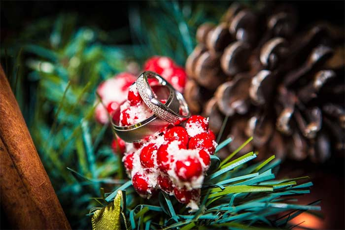 Christmas Weddings – The Pros and Cons
