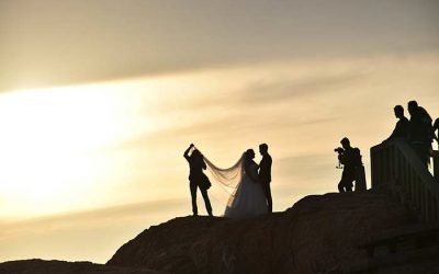 How to Choose the Right Photographer for Your Wedding